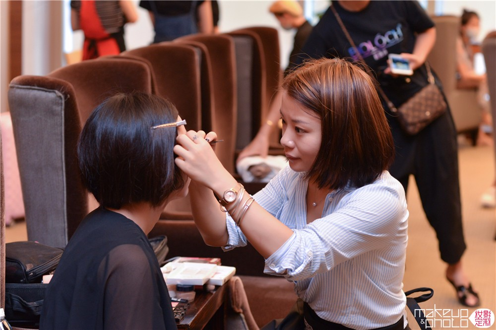 深圳模特化妆,深圳活动化妆,深圳晚宴妆化妆师