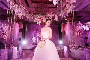 深圳化妆师新娘结婚跟妆多少钱一天