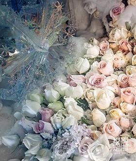冰之恋白色浪漫婚礼布置